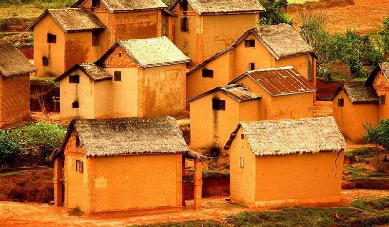 Madagascar-village-e1456398964681