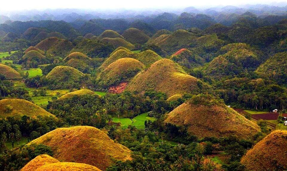 Philippines-Chocolate-hills-e1456416855886