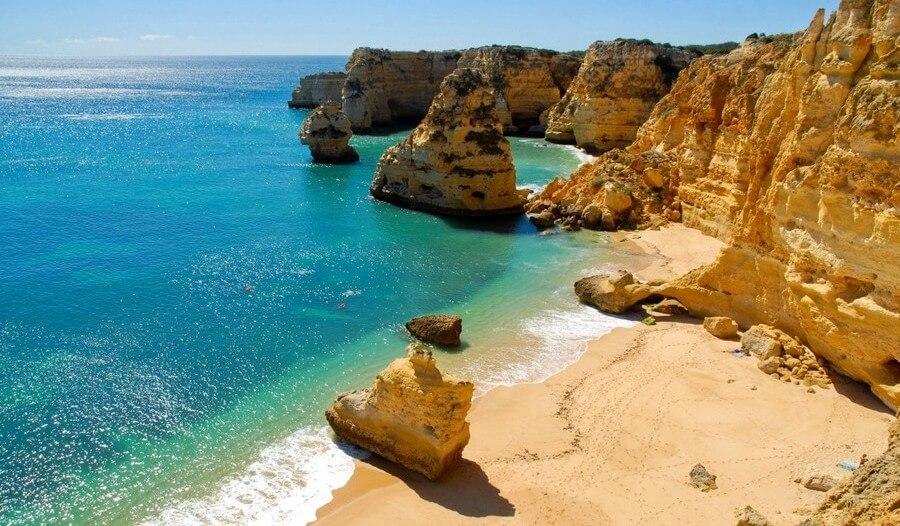 Portugal-Lagos-Praia-Dona-Ana-e1456743483858
