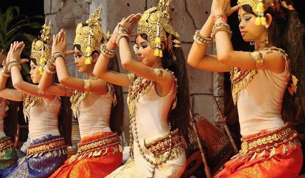 Apsara-dance-Cambodia-1-e1456161218218