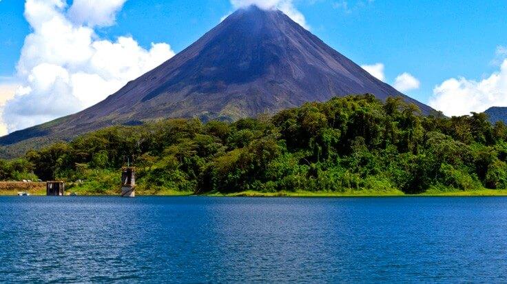 Costa-Rica-Arenal-e1456220184411