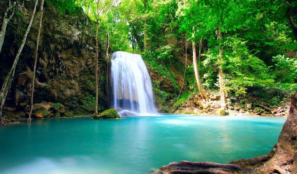 Costa-Rica-cascade-e1456220117265