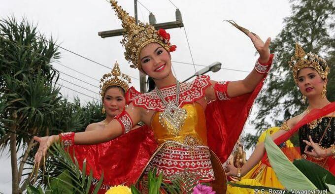 Thailande-danse-e1456756190321-1