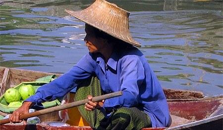 Thailande-marche-flottant-e1456756360886-1
