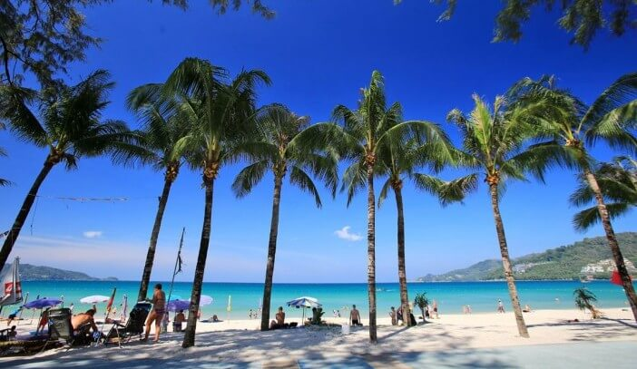 Thailande-plage-Patong-e1456756115788-1